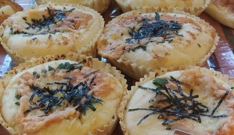 野沢菜とツナの平焼きパン